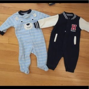 Baby fleece footed outfits/pajamas